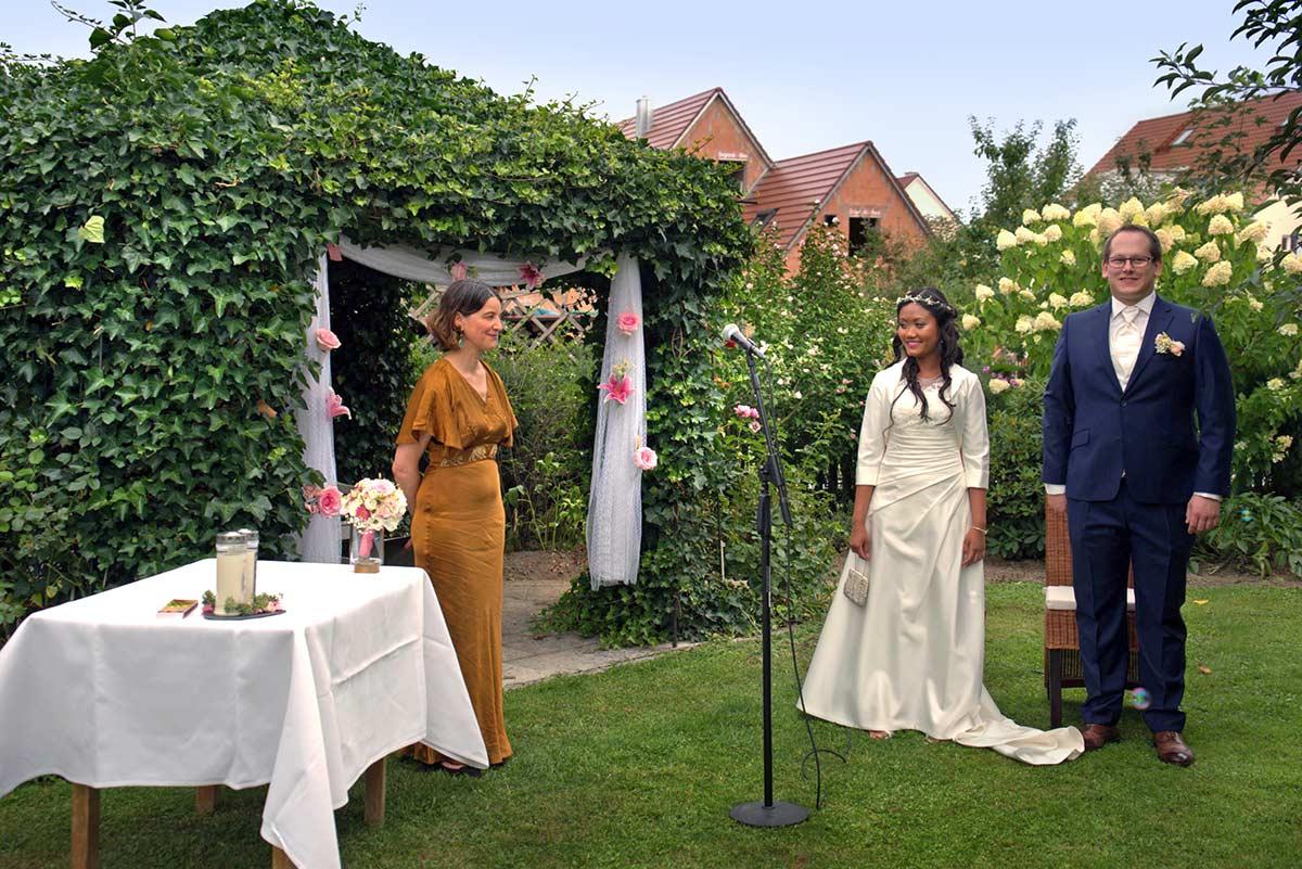 Hochzeit unterm Apfelbaum